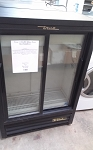 True 11 Cu Ft  Glass Door Merchandiser
