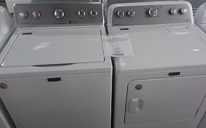 Maytag 3.6 Washer and 7.0 Dryer
