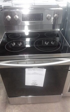 "Samsung 30"" Smooth Top Range With Convection"
